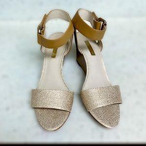 Louise de Cie Tan & Gold Lo-Phiona Wedge Sandals
